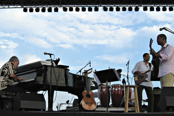 Al Turner Liberty Jazz Fest with Bob James - Earl Klugh